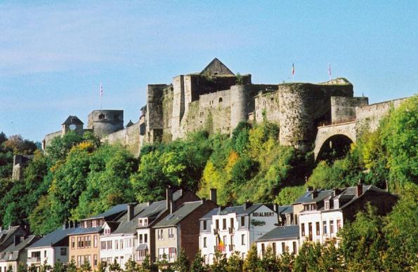48.situation et dvp ville chateau fort Bouillon