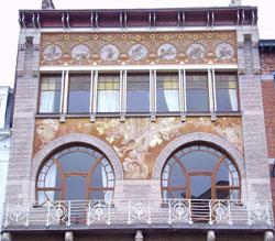 architecture-art-nouveau-hankar-Hotel Ciamberlani Sgraffite 2007