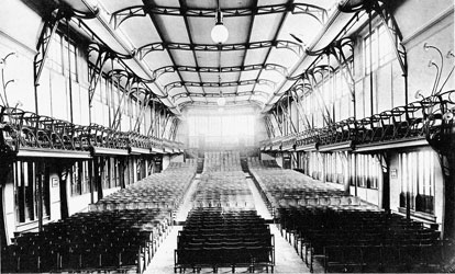 introduction-section-dart-horta-Maison-du-Peuple-interieur