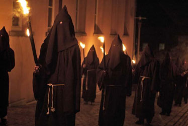 processions-penitents-noirs-lessines